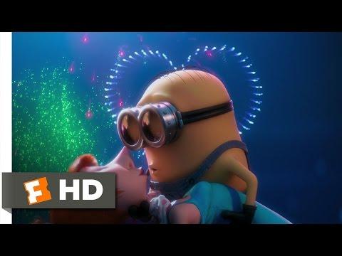 Despicable Me 2 (4/10) Movie CLIP - A Minion in Love (2013) HD