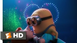 Despicable Me 2 (4/10) Movie CLIP - A Minion In Love (2013) HD
