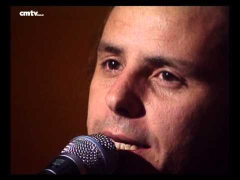 Dios Los Cría video Malo - CM Vivo 2002