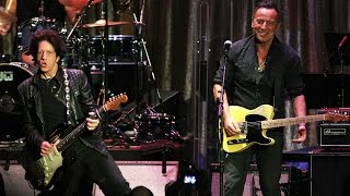 <b>Willie Nile</b> And Bruce Springsteen  One Guitar Multicam Light Of Day 2015
