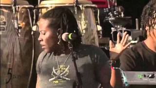 Nas & Damian Marley - Move [LIVE 2011]