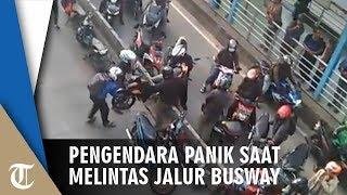 Nekat Melintas di Jalur Busway, Pengendara Panik saat Ada Polisi