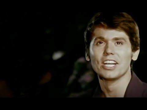 "Рафаэль: Raphael ""El amor es triste"" en ""El golfo"". 1968 viva-raphael.com"