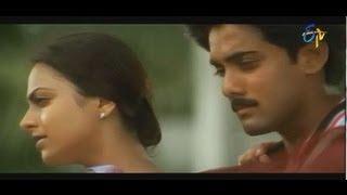 Nuvve Kavali Movie Songs - Kallaloki Kallu Petti Chudavenduku -  Tarun,Richa,Sai Kiran