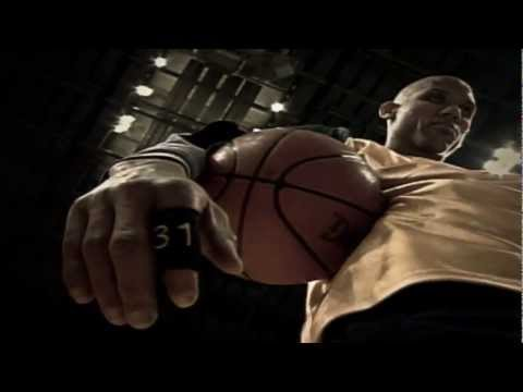 Reggie Miller – Standing in the Hall of Fame