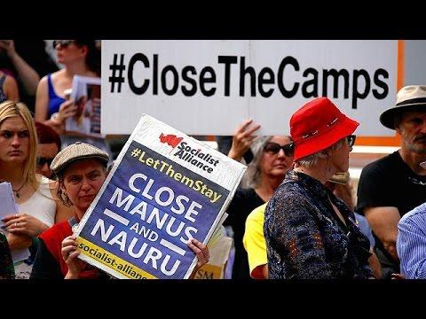 Австралия пресекла поток нелегалов, устроив для них лагеря на чужой территории