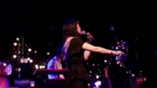 "Bat For Lashes performs ""The Wizard"" (live in Toronto)"