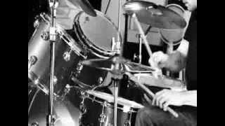 Arctic Monkeys - Old Yellow Bricks (Music Video)