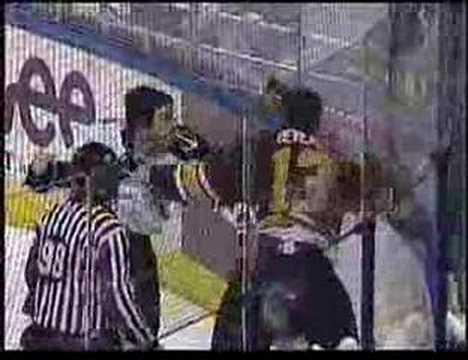 Andre Deveaux vs Alex Henry