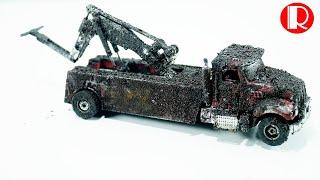 Restoration Damaged Abandoned rescue vehicle kdw Model Car