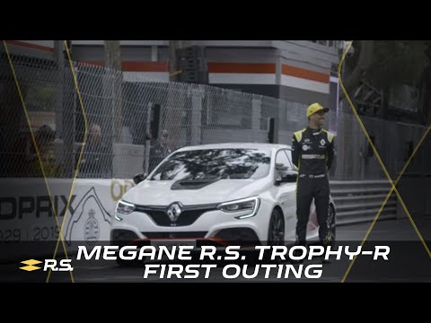 Renault Mégane R.S. Trophy-R first outing at Monaco GP