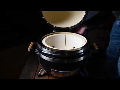 Керамічний гриль Monolith ICON 33 см Video #1