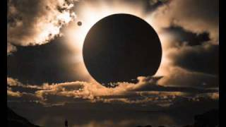 Harvey Thompson - Under The Moon Over The Sky