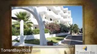 preview picture of video 'Apartamentos Ibiza - APARTAMENTOS TORRENT BAY IBIZA'