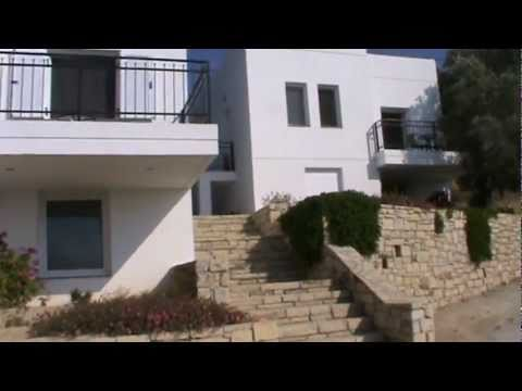 Gaia bungalows in Kamilari
