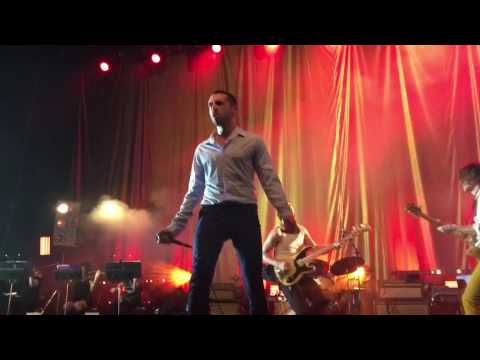 """""""Totally Wired"""" - The Last Shadow Puppets (The Fall cover) live@ E-Werk, Cologne"""
