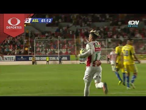 dfb58e1013b0e Gol de Brian Fernández