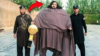 This Pakistani Hulk Can Stop a Full Truck With One Hand