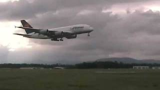 preview picture of video 'Airbus A380 Training - Baden-Airpark'