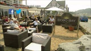 preview picture of video 'Dining at the Cobo Bay Hotel'