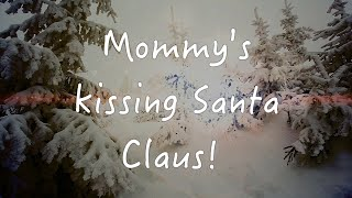 Jackson 5 - I Saw Mommy Kissing Santa Claus (Official Lyrics Video)