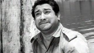 Amaithiyana Nathiyinile Sad - Aandavan Kattalai Tamil Song - Sivaji, Devika