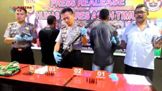 RAJA RIMBA MENYERAHKAN DIRI KE POLISI  KOMPAS NEWS ACEH 17/02/2016