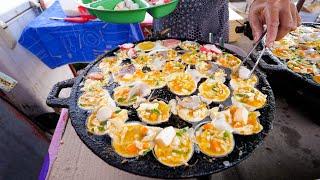 Asian Street Food - SEAFOOD PANCAKES! | Night Market Food Tour in Satun, Thailand!