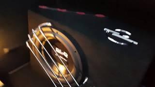 JBL Boombox vs DLD 800W!!!! :D