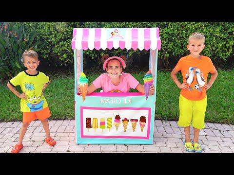 Vlad and Mama pretend play Ice Cream Shop