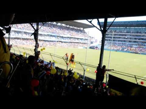 """""""Sur oscura en el mierdero 2014"""" Barra: Sur Oscura • Club: Barcelona Sporting Club"""