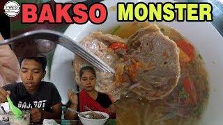 BAKSO MONSTER ! kuliner | bakso deles srono - bajidot salembrot