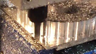 Kundenanwendung: Verstellbares Nockenwellenrad CNC fräsen