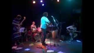 preview picture of video 'Marcelo Zapata- Ayer te vi, Hurlingham es un Tren- Cierre 4 Noviembre 2012'