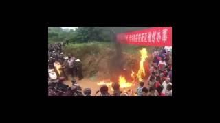 2016.07.16 浙江衢州市乡长强拆被百姓自制汽油弹击中烧伤