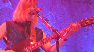 Sleater Kinney   A New Wave (Live @ Roundhouse, London, 230315)