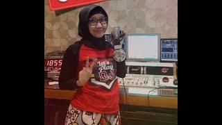 Gambar cover Despacito Versi DJ Berhijab Nana Wijaya FM Surabaya