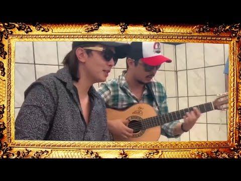 Mayck e Lyan cantando para CRIANÇAS em visita a creche!!
