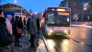 Жители микрорайона «Ивушки» в Великом Новгороде жалуются на давку в автобусах