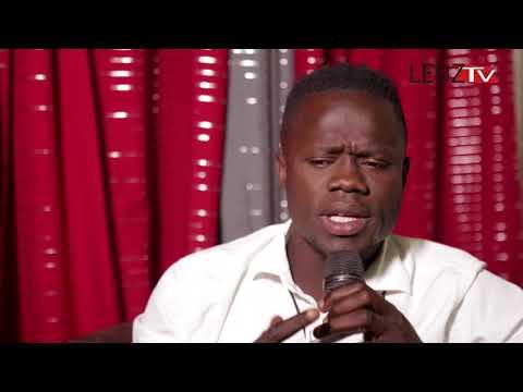 Vidéo: Leep du comédien Idrissa et regardez comment il bègue hilarant