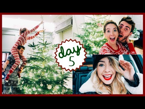 DECORATING THE TREE & LUNCH DATE | VLOGMAS