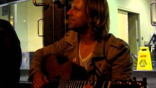 Jon Foreman - Trying to remember 'In My Arms' (London, ON Aftershow) 05/18/11