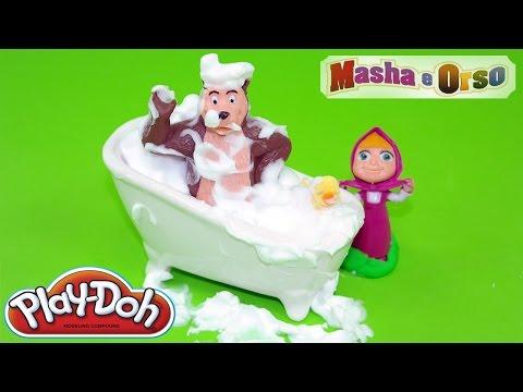 Masha e Orso Italiano! Video Giocattoli! Orso nella vasca da bagno! Giochi per bambini!