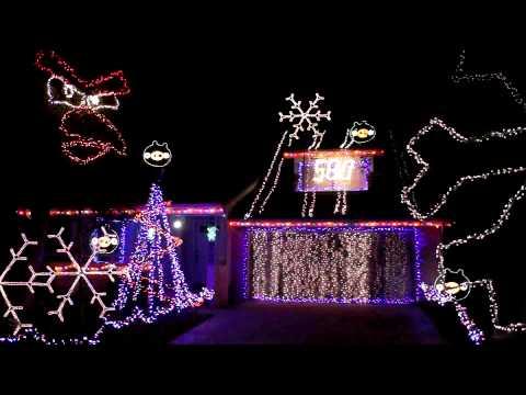 Angry Birds Christmas Lights Are Amazing