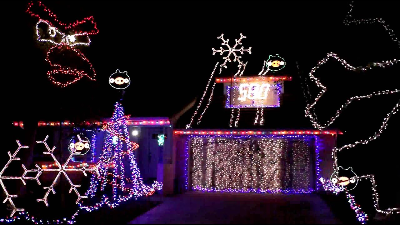 Angry Birds Christmas Lights Are Amazing