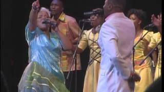 Rebecca Malope ft Sechaba Lona Baratang
