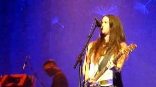 Alanis Morissette Citizen of the planet