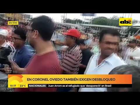 En Coronel Oviedo también exigen desbloqueo