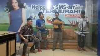 preview picture of video 'kobarkan semangatmu!!! by seniman jalanan Solok'