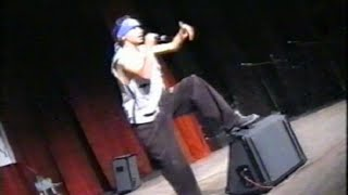 preview picture of video 'M DIB Rap Bejaia Kabyle  #live Theatre Regional de Bejaia 2002'